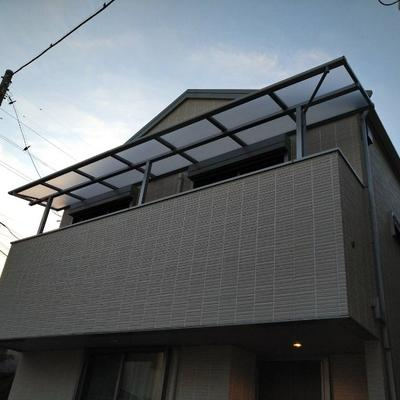 葛飾区 バルコニーに屋根を設置して雨対策も安心です